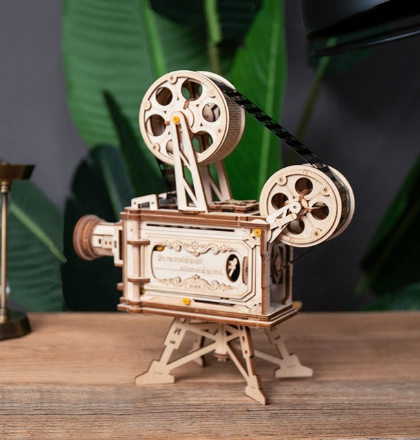 Robotime 183pcs Retro Diy 3D Hand Crank Film Projector Wooden Model Building Kits Assembly Vitascope Toy Gift for Children Adult 13