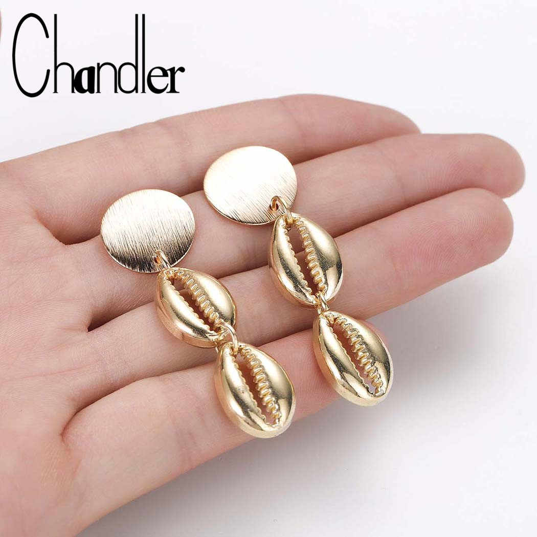 Chandler Fashion Pantai Cowrie Shell Menjuntai Anting-Anting untuk Wanita Conch Logam Brincos 2019 Fashion Musim Panas Perhiasan Disc Drop Anting-Anting