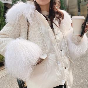 Image 1 - MISHOW 2019 חורף נשים 90% ברווז למטה לבן עבה מעיל אופנה נשי ברדס פרווה צווארון קצר עבה למטה מעיל MX19D8869