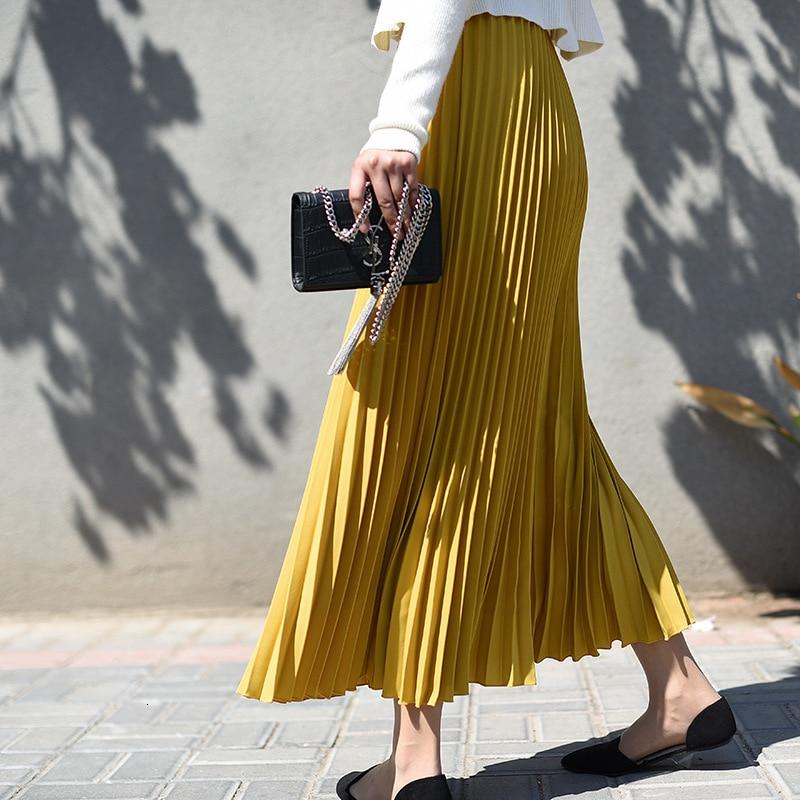 LANMREM Solid Color Elastic Waist Large Size Skirt 2020 Spring New Korean Popular Loose Casual Pleated Skirt Female Bottom PC414
