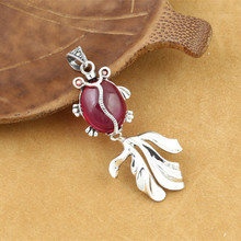 925 Sterling Silver Jewelry Retro Thai Silver Women Models Cute Small Fish Marcasite Inlaid Red Corundum Gemstone Pendant fnj 925 sterling silver bracelets natural yellow green stone synthetic blue red corundum 17 3cm s925 thai silver chain bracelet
