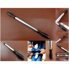1pc skóra Craft szewc szewc podeszwa buta naciśnij płaskie spłaszczyć Roll Out Rolling Rod narzędzie nóż z drewnianym uchwytem dziurkacz dłuta tanie tanio CN (pochodzenie) Steel+ Brass + Hardwood Handle