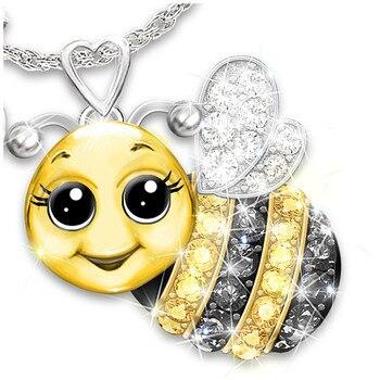 Hot Sale Zircon Cartoon Animal Pendant Necklace Woman Personality Bee Owl Ladybug Lettering Sweater Chain Korean Fashion Jewelry 3