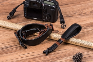 Image 4 - Vintage orijinal el yapımı hakiki deri basit kamera omuz askısı DSLR boyun bilek kayışı kemer için Canon/Nikon/Sony /panasonic