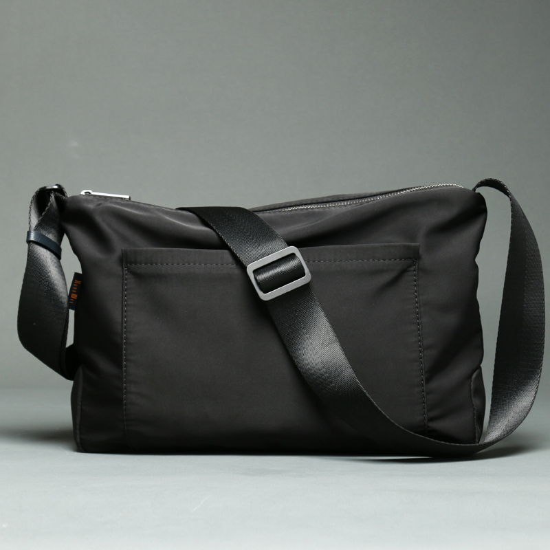 High-end Quality Black Shoulder Bags Men Women Student School Bags NEW Crossbody Bags Light Weight Small Messenger Bags (XW2256)