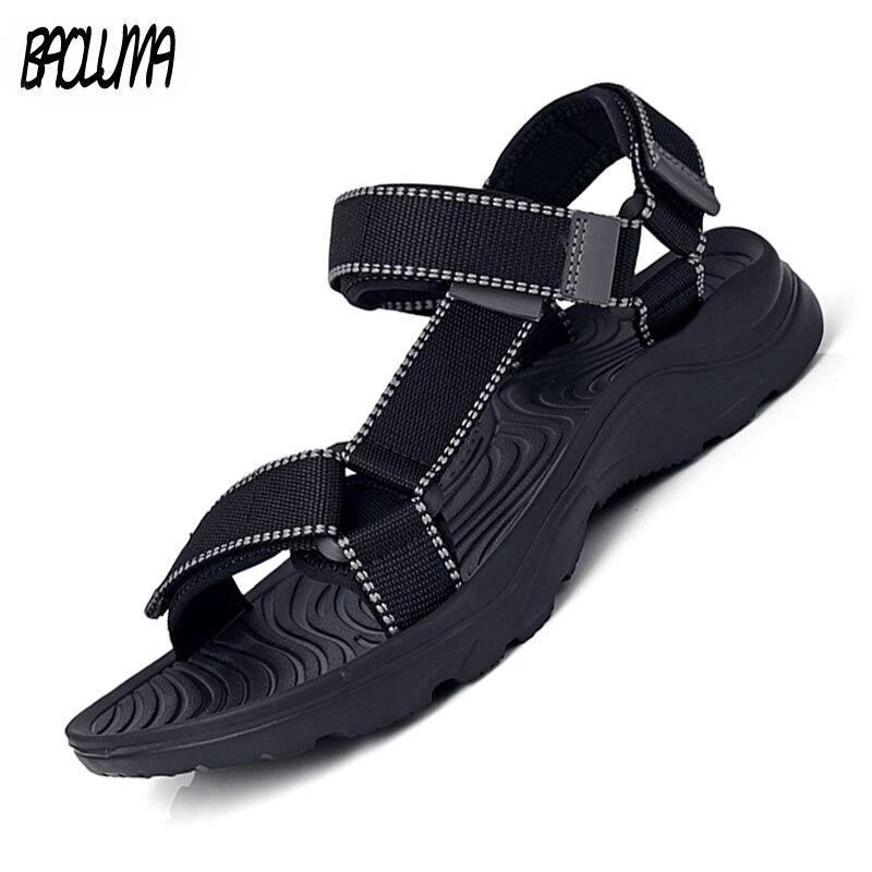 Men's Sandals Summer Fashion Denim Canvas Beach Soft Men's Shoes Brand Outdoor Light Men's Sandals Casual Shoes Breathable Flats