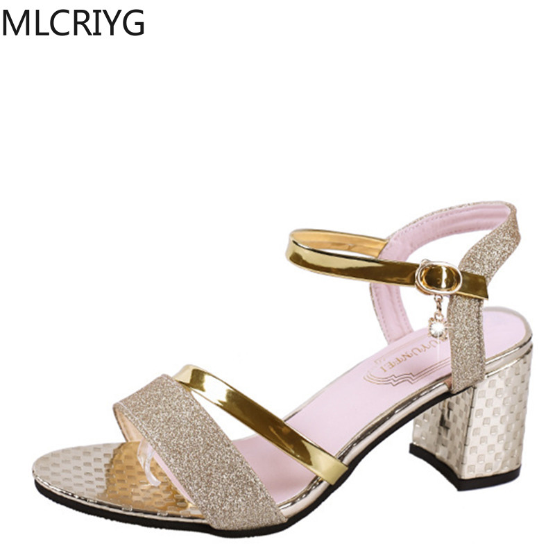 Women's Sandals 2020wish Explosion Fashion Wild Thick With European and American Heels <font><b>Amazon</b></font> soulier femme zapatos de mujer image