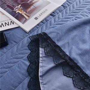 Image 4 - ヨーロッパの高級ベッドカバーと 2 個枕厚い綿スカートレースエッジツインクイーンキングサイズ寝具セット非スリップ