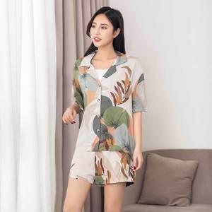 Image 3 - レディースショーツパジャマセット夏最新葉印刷半袖とショーツパジャマカーディガンラペル女性ショーツパジャマ