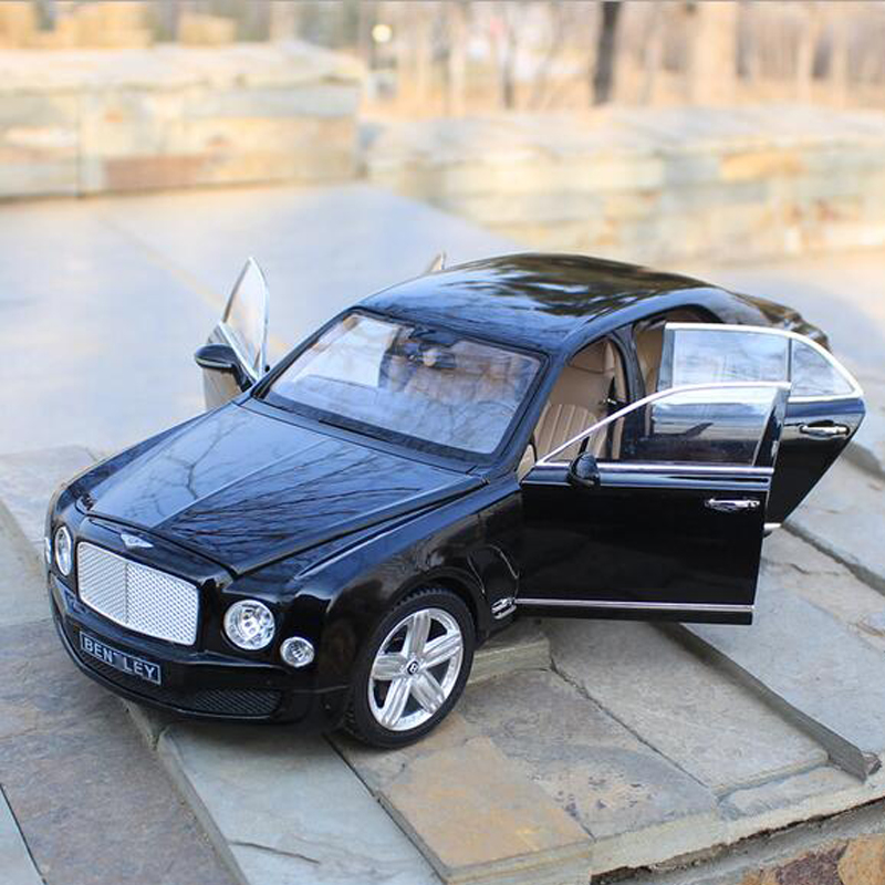30cm Car Model 1/18 Scale Alloy Model Car Mulsane Metal Model Car Desktop Decoration Collection Gifts