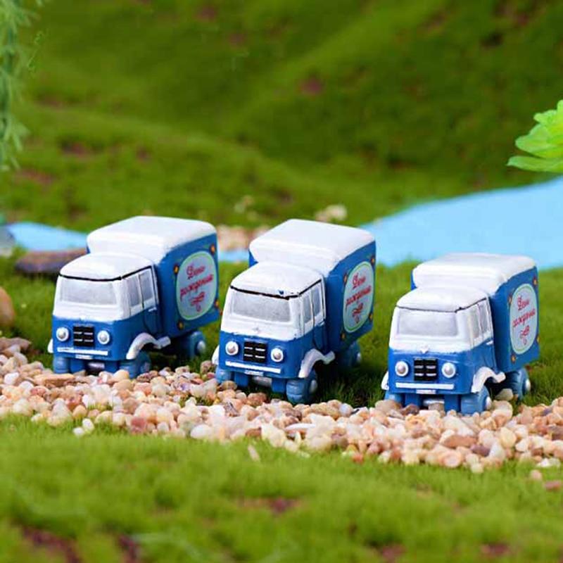 1/2PCS Mini Micro Small Trucks Miniature House Fairy Bonsai Terrarium Ornament Garden Home Decoration Landscaping Decor