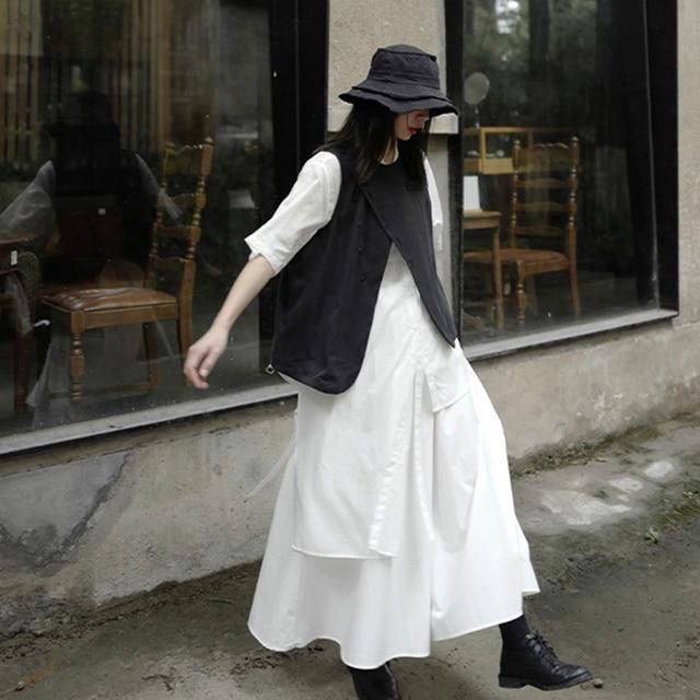 [EAM] Women Loose Fit Black Irreuglar Split Temperament Vest New Round Neck Sleeveless   Fashion Tide Spring Autumn 2021 1DB169 5