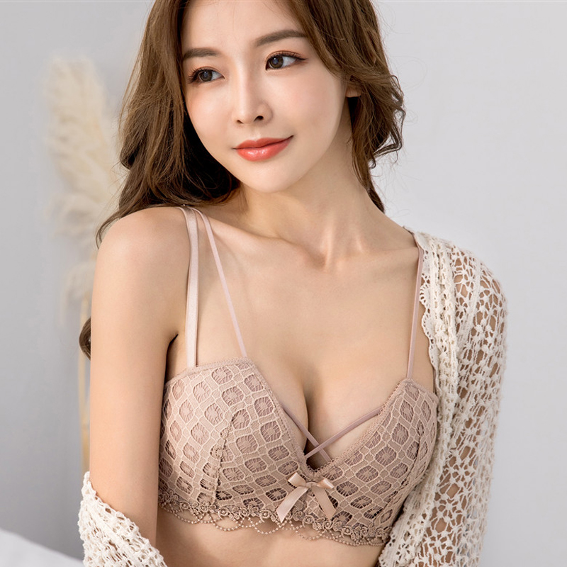 DERUILADY Sexy Lace Hollow Out Bras For Women Underwear Comfortable Wireless Bralette Adjustable Push Up Bra Sexy Lingerie