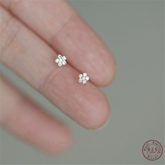 925 Sterling Silver Plated 14k Gold Pavé Crystal Five-pointed Star Earrings Women Simple Fashion Wedding Jewelry Accessories 1