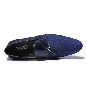 Image 4 - Printemps automne hommes chaussures habillées Denim couture en cuir véritable fête de mariage Banquet hommes formels bleu mocassins avec gland