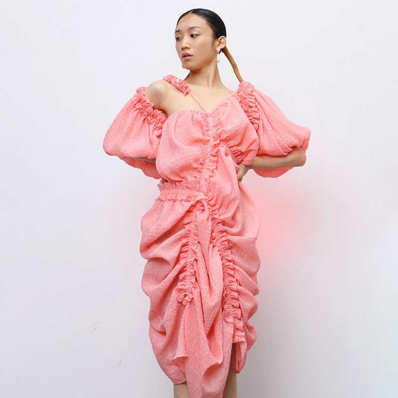 TWOTWINSTYLE 캐주얼 불규칙 드레스 여성 비대칭 칼라 랜턴 하프 슬리브 하이 웨스트 셔링 드로우 스트링 드레스 여성