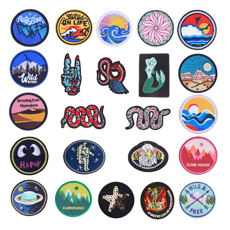 Snake Planet Things Iron On Patches For Clothing Embroidery Sewing Badge Stripe On Clothes Cute DIY Round Sequin Applique F(China)