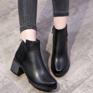 Image 3 - 2020 Mới Giày Bốt Nữ Mùa Thu Giày Cao Gót Nữ Mắt Cá Chân Size 35 40 Mùa Đông Giày Bốt Thời Trang Công Sở Da Thật Chính Hãng Da giày