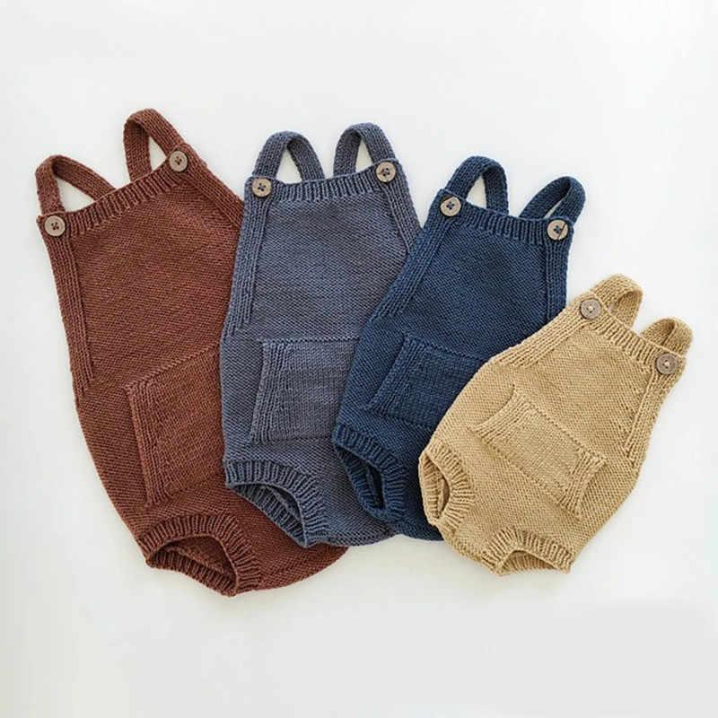 Осенне-зимний вязаный для новорожденных одежда из хлопка для маленьких мальчиков и девочек Вязаный комбинезон без рукавов с карманами комбинезон для новорожденных Комбинезоны