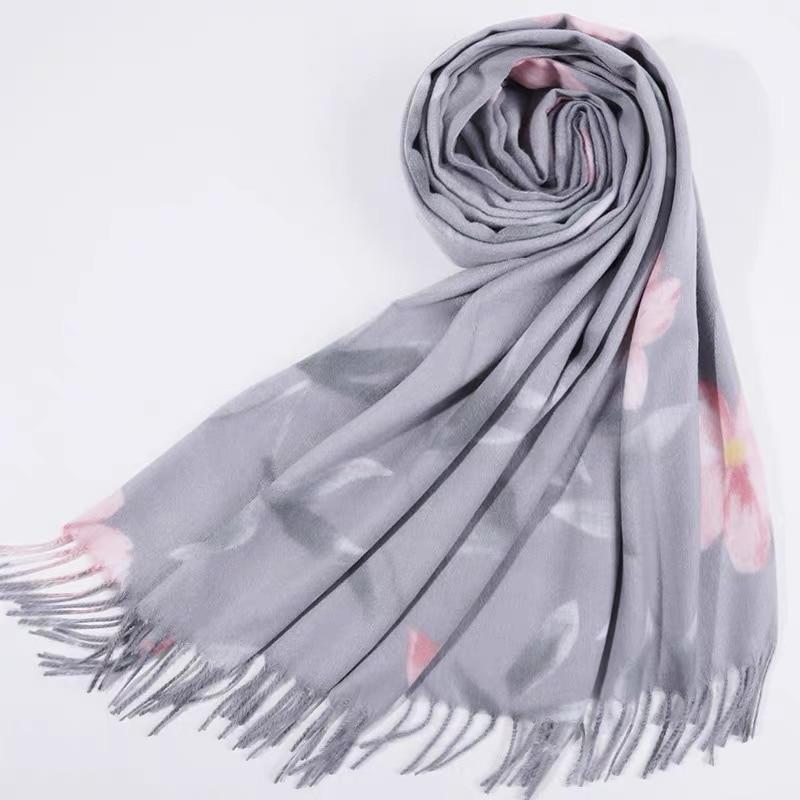 1pcs Fashion cashmere print flower tassels women pashmina warm scarves Muslim hijabs shawls bandana winter scarf hot sale