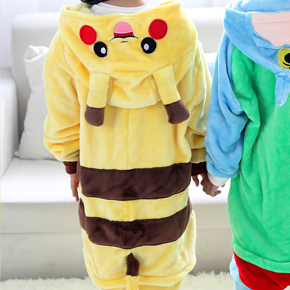 Warm Kids Pajamas Animal Onsies Flannel Children's Sleepwear Pikachu Pokemon Pajamas For Girls Boys Nightgown Cosplay