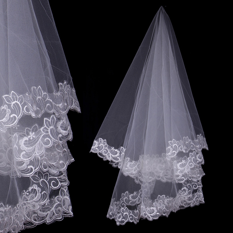 One Layer Lace Edge White Ivory Short Veil Bridal Veil