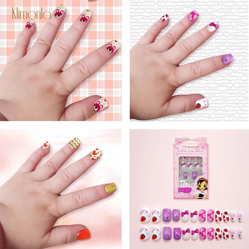 24pcs 15 Designs Short Head Cute Bear Strawberry Heart Fake Nails Press On Children Candy False Nail Tips Manicure Beauty Tools