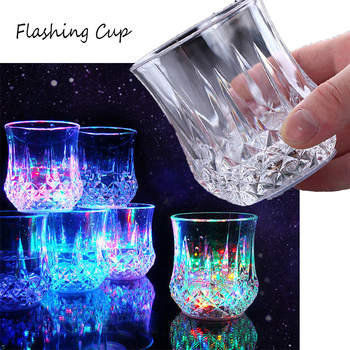 Automatic Flashing Cup Creative Light Up LED Cups Color Changing Beer Whisky Pineapple Glass Mug Luminous Beer Drink Cup image