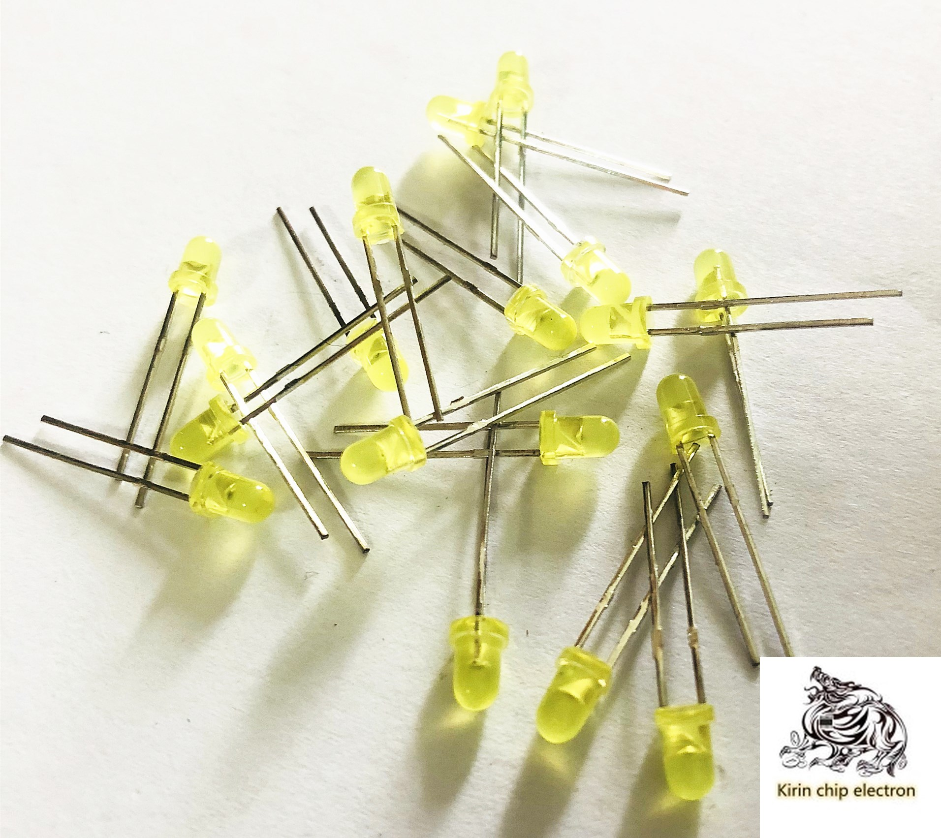 1200PCS/LOT LED Shining Diode 3mm Yellow Light 3mm Yellow Yellow Highlight Short Feet 3mm