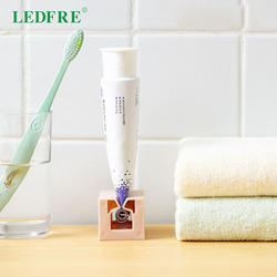 Rolling Toothpaste Device Tube Dispenser Holder Multifunctional Plastic Facial Cleanser Squeezer Press for Bathroom Accessories