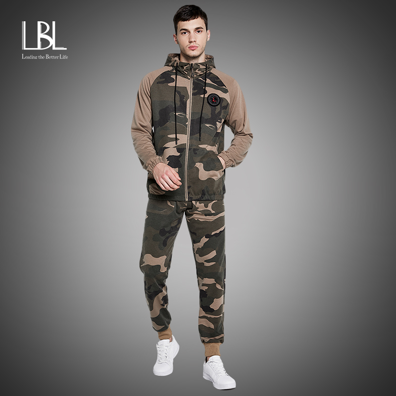 Camo Men Tracksuit 2020 Autumn Winter Warm Hooded Sweatshirts+Camoflage Pants Zipper Jogging Suit Sets Active Clothes Sportswear