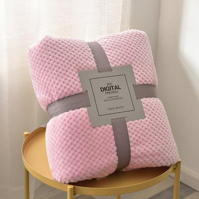 Plaid gaufré de couleur uni en polyester Plaids et Couvertures 🎁 Idées Cadeaux Cocooning.net