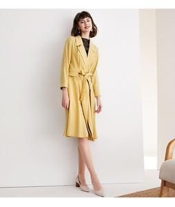 Image 2 - Frauen windjacke, revers, professionelle kleid, äußere gelb futter, taille reduktion, knie länge, frühling und herbst mantel