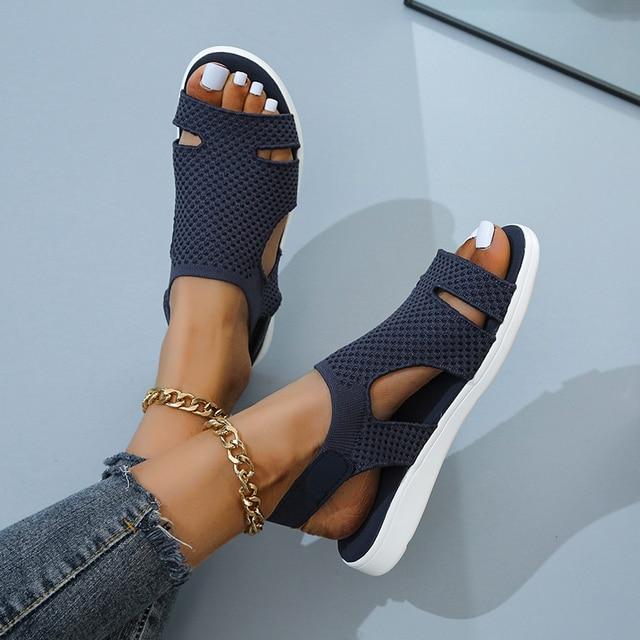 Женские босоножки с кристаллами, повседневные сандалии на плоской подошве с ремешком и пряжкой 4