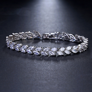 Image 2 - Bettyue New Arrival Bracelet For Female Fascinating Bangle With Zirconia Muliticolors Choice In Wedding Party Charming Jewelry