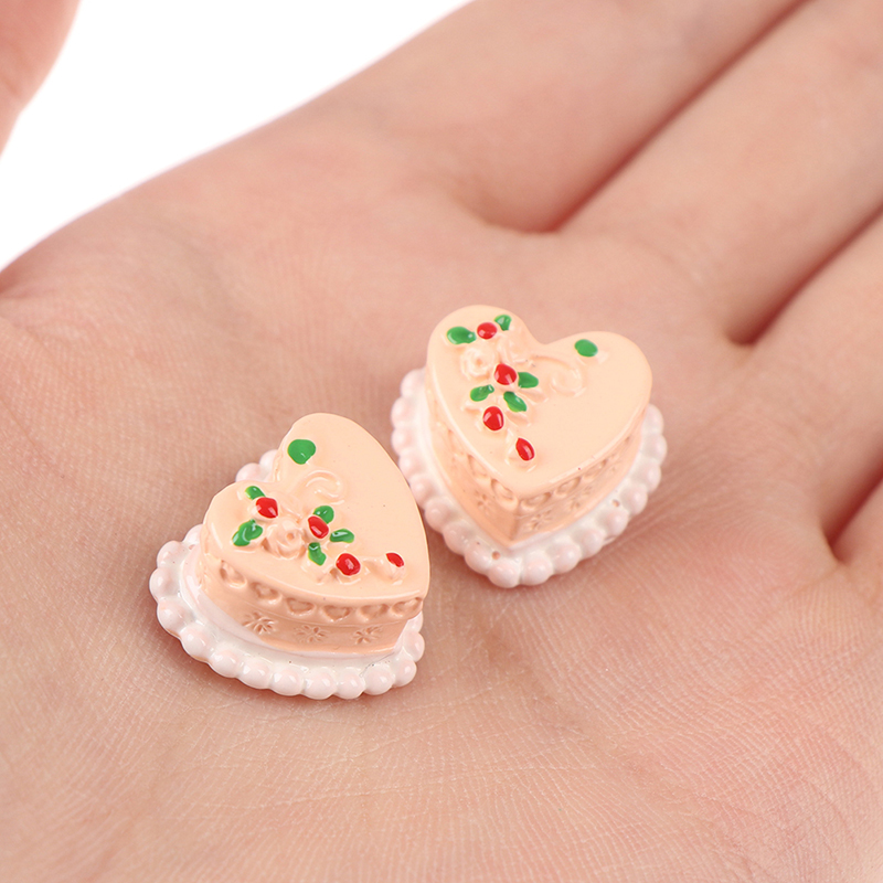 1pc Mini Resin Heart Birthday Cake Simulation Food Figurine Pretend Play Kitchen Toy Doll House DIY Accessories Gift Baby Gift