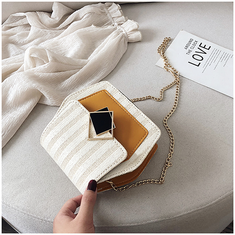 Mini Bag Girl 2019 New Korean Edition Fresh and Popular Fashion Chain PU Slant Bag Personal Bag Mobile Geometric Bag Clothes 80