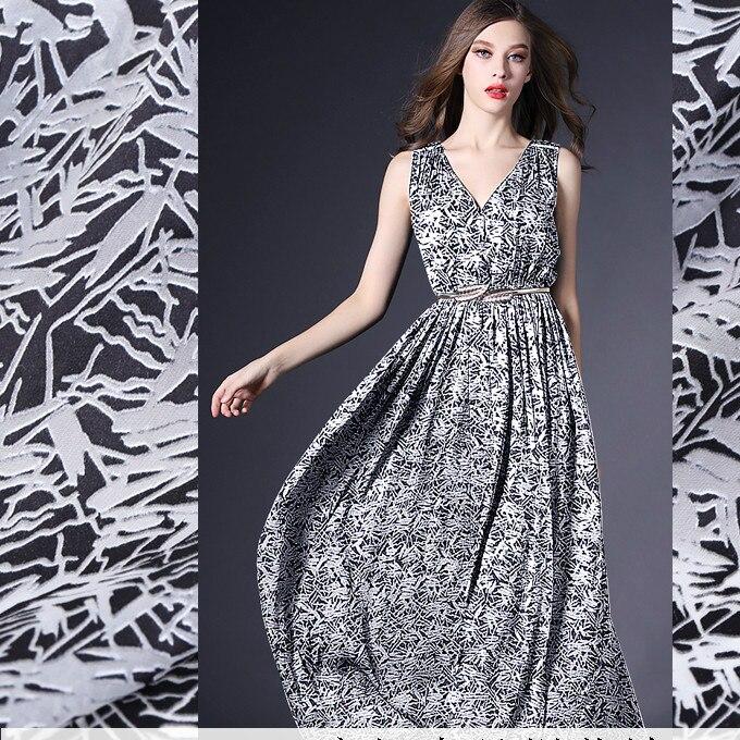 138cm de large burnout soie tissu mètre vêtements cheongsam robe en soie tissu 12mm rayonne jacquard tissu en gros soie tissu