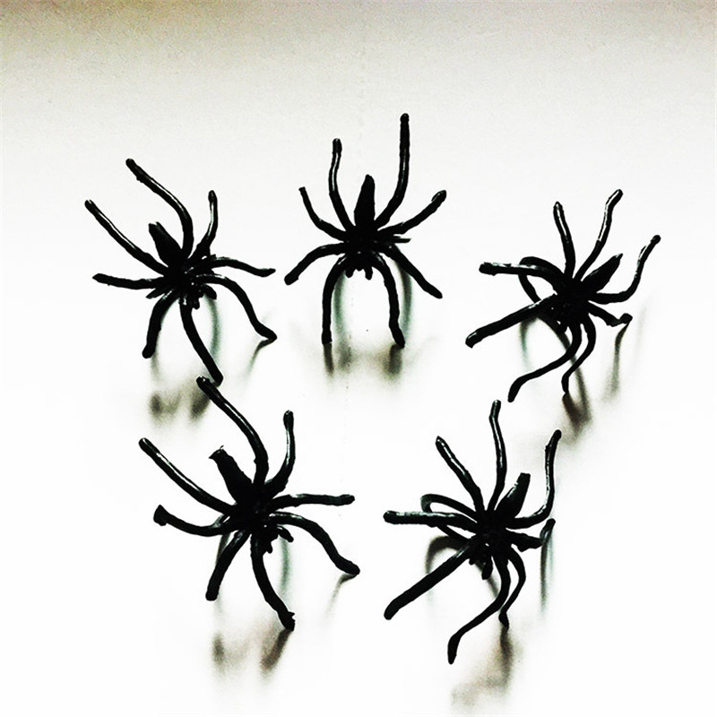 20pcs Simulation Spider Jokes Toy Realistic Insect Animal Model Spoof PVC Artificial Black Scary Gag Party Fun Ring Trick