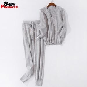 Image 3 - Женские спортивные костюмы осень зима пуловер с вырезом в виде буквы V + длинные штаны наборы мягкий теплый вязаный свитер Костюмы