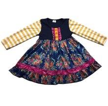 Vestido de manga longa bonito das meninas vestido de design floral grande com cor brilhante