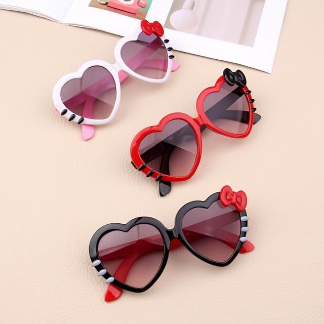 1 stücke Kinder Herz Sonnenbrille Reizende Baby Gläser für Jungen und Mädchen Kinder Sonnenbrille Shades für Kinder UA400 Kinder Spielzeug für