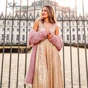Image 5 - האופנה Sparkle נשים שמלת אונליין כפול V צוואר שרוולים נצנצים ערב המפלגה שמלת גבירותיי זהב מקסי שמלת לנגה Jurken