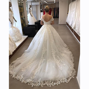 Image 2 - Elegant Off The Shoulder Puffy Ball Gown Wedding Dress Appliques Tulle V Neck Lace Wedding Gown backless Robe De Mariee