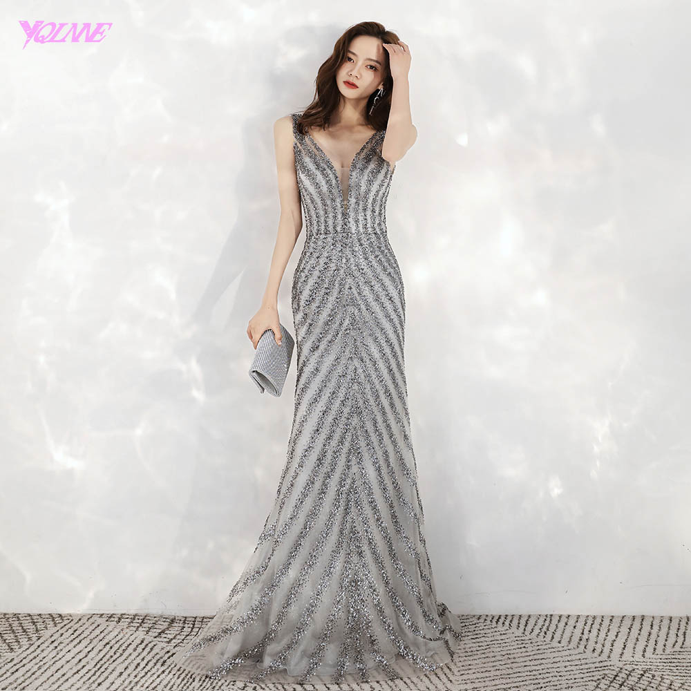 2020 New Arrival Elegant V Neck Gray Long Evening Dresses Mermaid Sequined Beads Dress Party Evening Gowns
