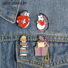 QIHE biżuteria 4 style jeż szpilki para puzzle serce książka prezent broszki biżuteria dla zwierząt emalia pin prezent dla przyjaciół