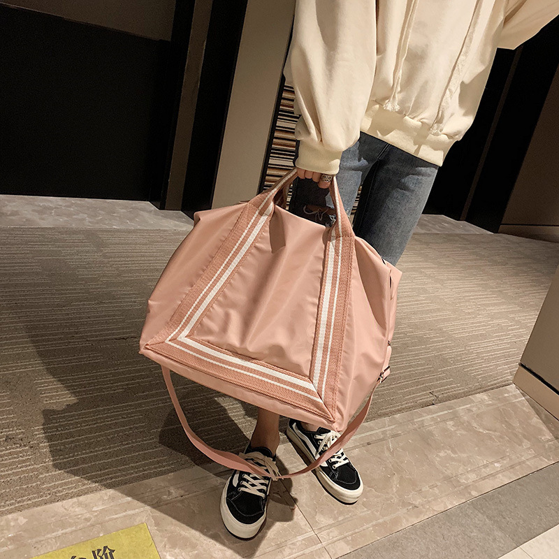 Ladies'Leisure And Fitness Yoga Bag Large Capacity Travel Single Shoulder Handbag Simple Fashion Luggage Bag