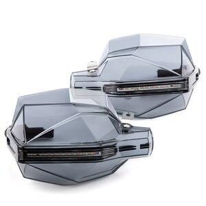 Image 4 - Universal motocicleta guardas de mão com led turn signal luz protetores para suzuki burgman 400 gs1000 gs500e gs550m katana