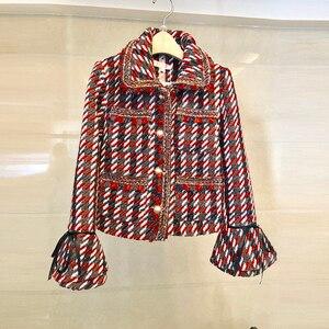 Image 2 - Ensemble élégant en Tweed en Plaid 2 pièces pour femmes, manteau à manches évasées, boutons avec perles, taille haute, Mini jupe en laine, collection automne hiver 2019