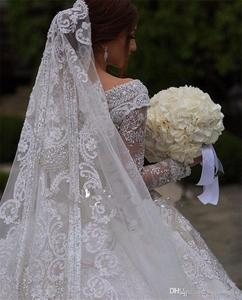 Image 3 - Sparkly Crystal Beaded Ball Gown Wedding Dresses Luxury Off Shoulder Appliqued Plus Size Saudi Arabic Dubai Bridal Gown